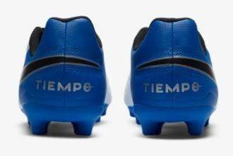 Buty piłkarskie Nike AT5881 korki niebieskie