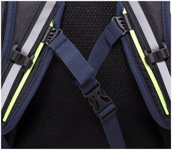 Plecak sportowy OUTHORN PCU614 granatowy